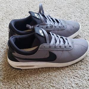 Nike sb air max bruin